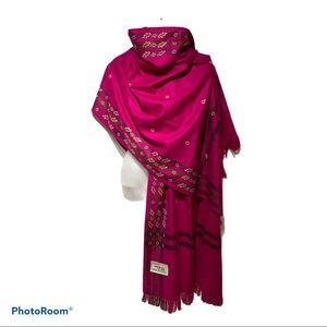 Oswal Large shawl New Never Used
